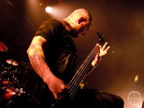 Devildriver bass