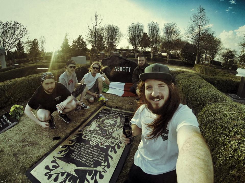 A visit to Dimes resting place during the recording of the debut album.
