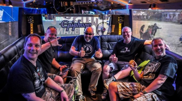 Lawnmower-Deth-Backstage-At-Bloodstock-2015-920x515