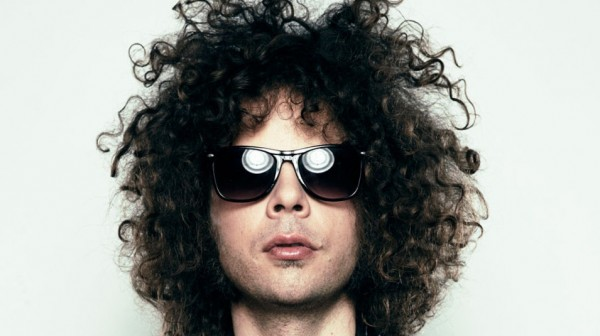 WOLFMOTHER ANDREW STOCKDAE PROMO SHOT