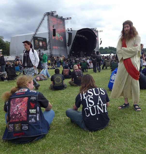 Jesus-bloodstock-cradle-of-filth
