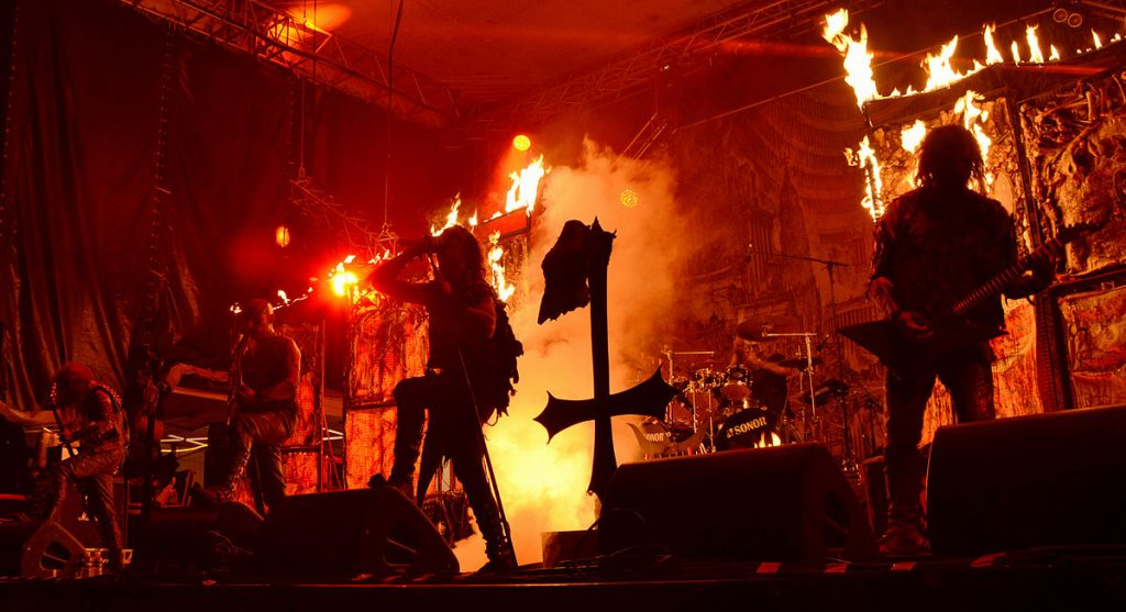 Watain_Fall_of_Summer_Torcy_06092014_004