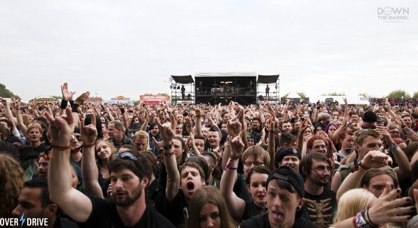crowd3-600x328-600x328