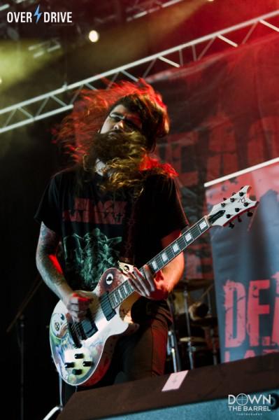 Dead Label8