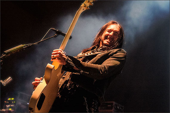 Black Star Riders Damon Johnson 3