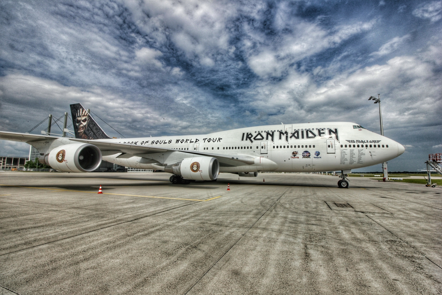 iron maiden ed force one - overdrive